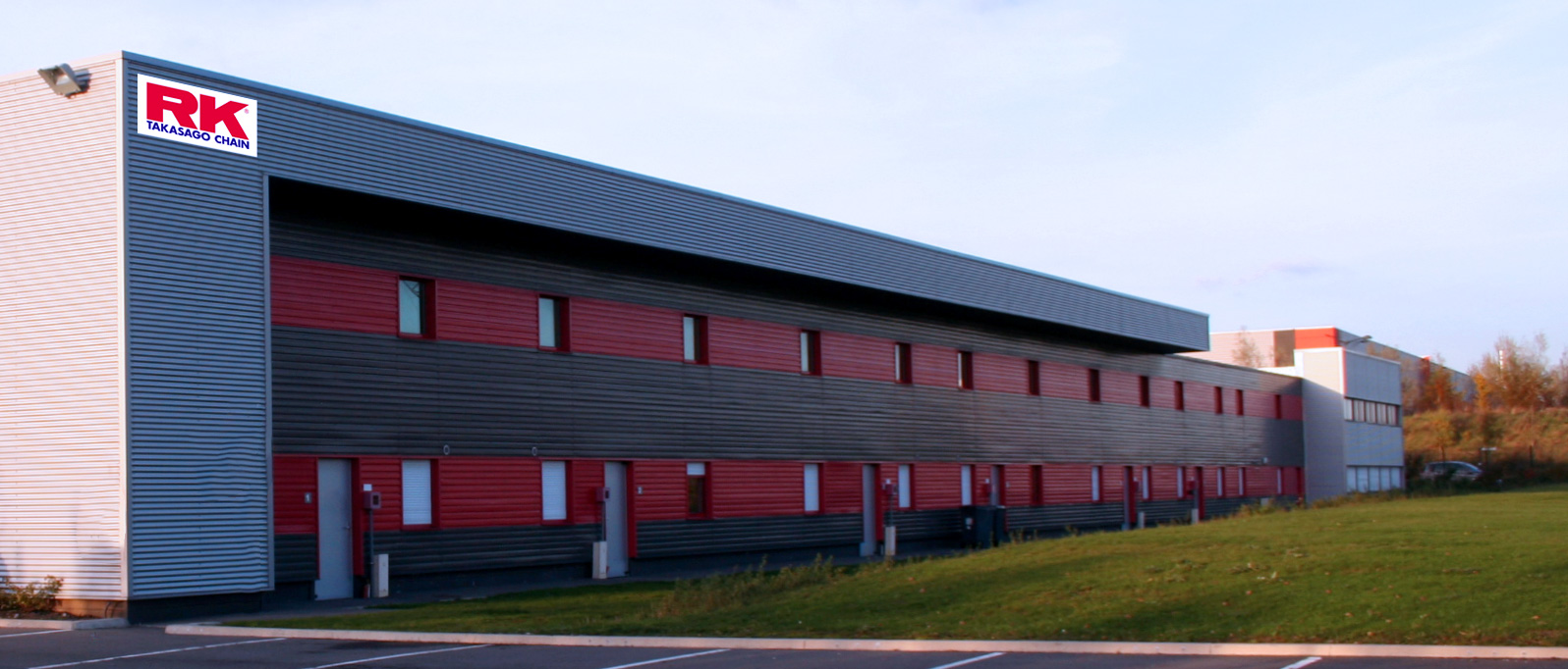 warehouse RK-EUROPE specialist in Motocycle chain
